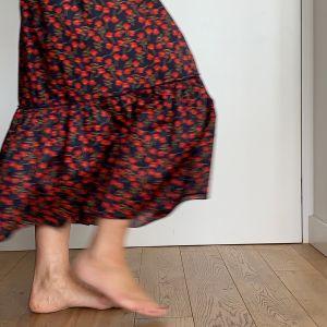 długa spódnica z falbaną z bawełny TANA LAWN
